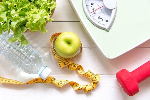 Apple, Fruit, Tape measure, Food, Plant, Tool, Vegetarian food, Vegan nutrition,