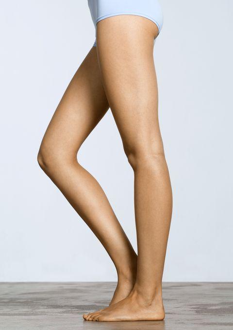 Human leg, Leg, Thigh, Calf, Clothing, Tan, Knee, Human body, Footwear, Beige,