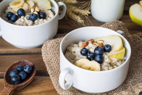 Dish, Food, Cuisine, Breakfast cereal, Ingredient, Steel-cut oats, Meal, Breakfast, Porridge, Oat,