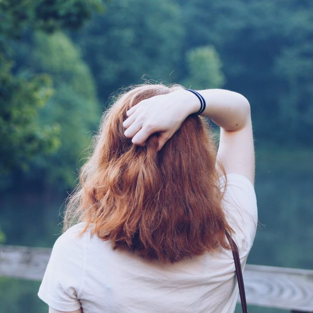 Hair, People in nature, Photograph, Hairstyle, Long hair, Blond, Beauty, Shoulder, Brown hair, Summer,