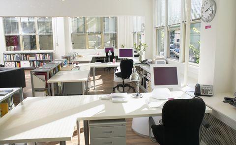 Electronic device, Computer desk, Room, Table, Computer keyboard, Furniture, Office equipment, Display device, Desktop computer, Interior design,