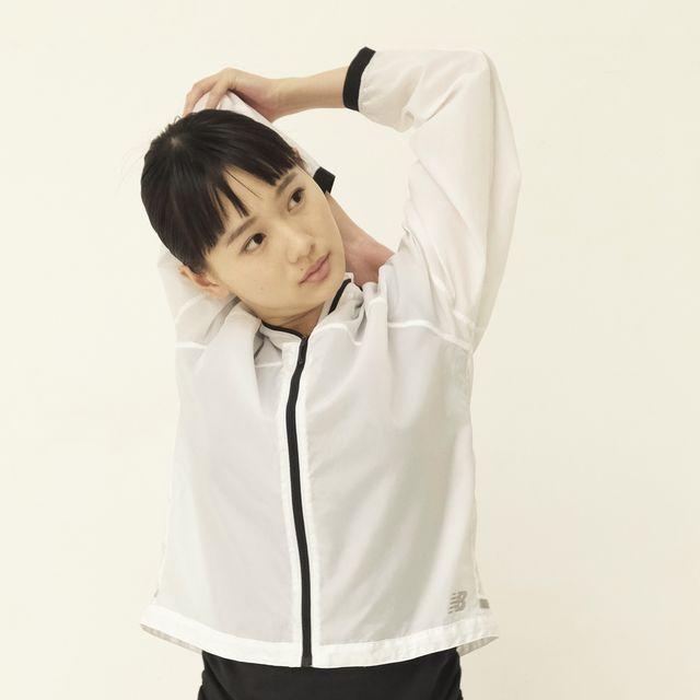 White, Clothing, Arm, Sleeve, Shoulder, Outerwear, Collar, Neck, Uniform, Shirt,