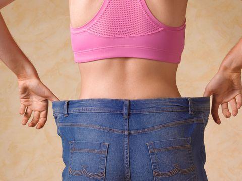 Waist, Clothing, Abdomen, Undergarment, Stomach, Navel, Pink, Undergarment, Muscle, Sports bra,