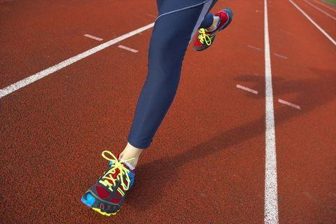 Footwear, Shoe, Human leg, Race track, Joint, Leg, Recreation, Ankle, Sport venue, Calf,