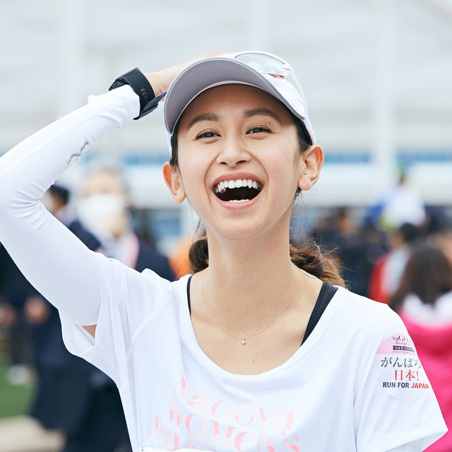 Facial expression, Smile, Fun, Mouth, Gesture, Recreation, Happy, Cheering, Photography, Running,