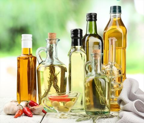 Bottle, Glass bottle, Product, Vegetable oil, Wine bottle, Cooking oil, Alcohol, Olive oil, Cottonseed oil, Oil,