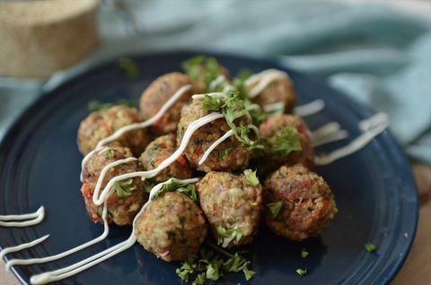 Dish, Food, Cuisine, Ingredient, Meatball, Produce, Meat, Staple food, Recipe, Kofta,