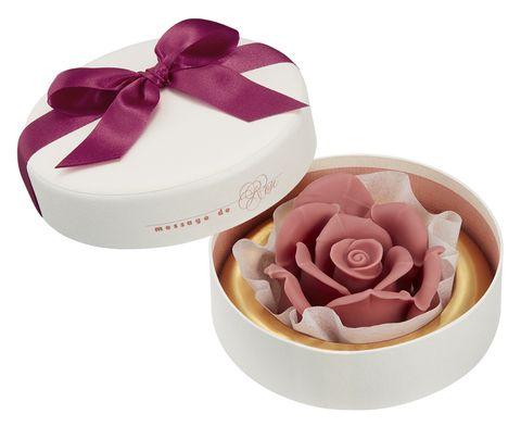Product, Pink, Petal, Rose, Food, Wedding favors, Party favor, Flower, Rose family, Cuisine,