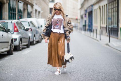 Clothing, Street fashion, Photograph, Fashion, Waist, Snapshot, Pink, Shoulder, Outerwear, Fur,