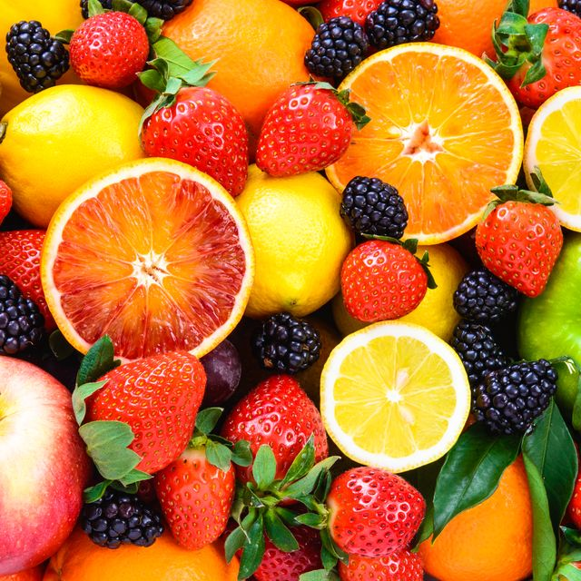 Natural foods, Food, Fruit, Local food, Mandarin orange, Seedless fruit, Superfood, Citrus, Accessory fruit, Plant,