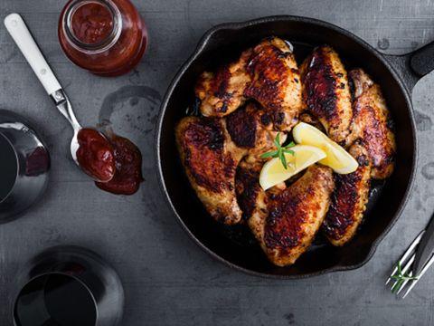 Dish, Food, Cuisine, Ingredient, Meat, Tandoori chicken, Chicken meat, Produce, Pork chop, Frying pan,