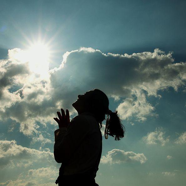 Sky, Cloud, People in nature, Backlighting, Daytime, Light, Cumulus, Sunlight, Sun, Photography,