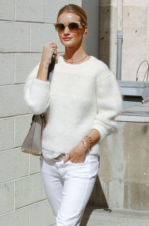 419a51ff4de Celebs in Sweaters - Celebrity Sweater Style