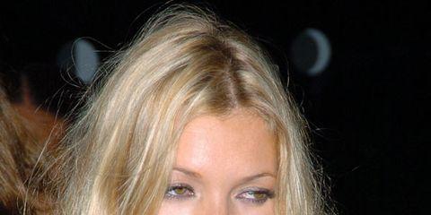 Lip, Hairstyle, Chin, Eyebrow, Eyelash, Long hair, Beauty, Blond, Brown hair, Step cutting,
