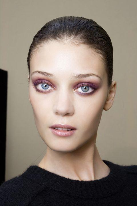 Head, Lip, Cheek, Hairstyle, Skin, Chin, Forehead, Eyelash, Eyebrow, Eye shadow,