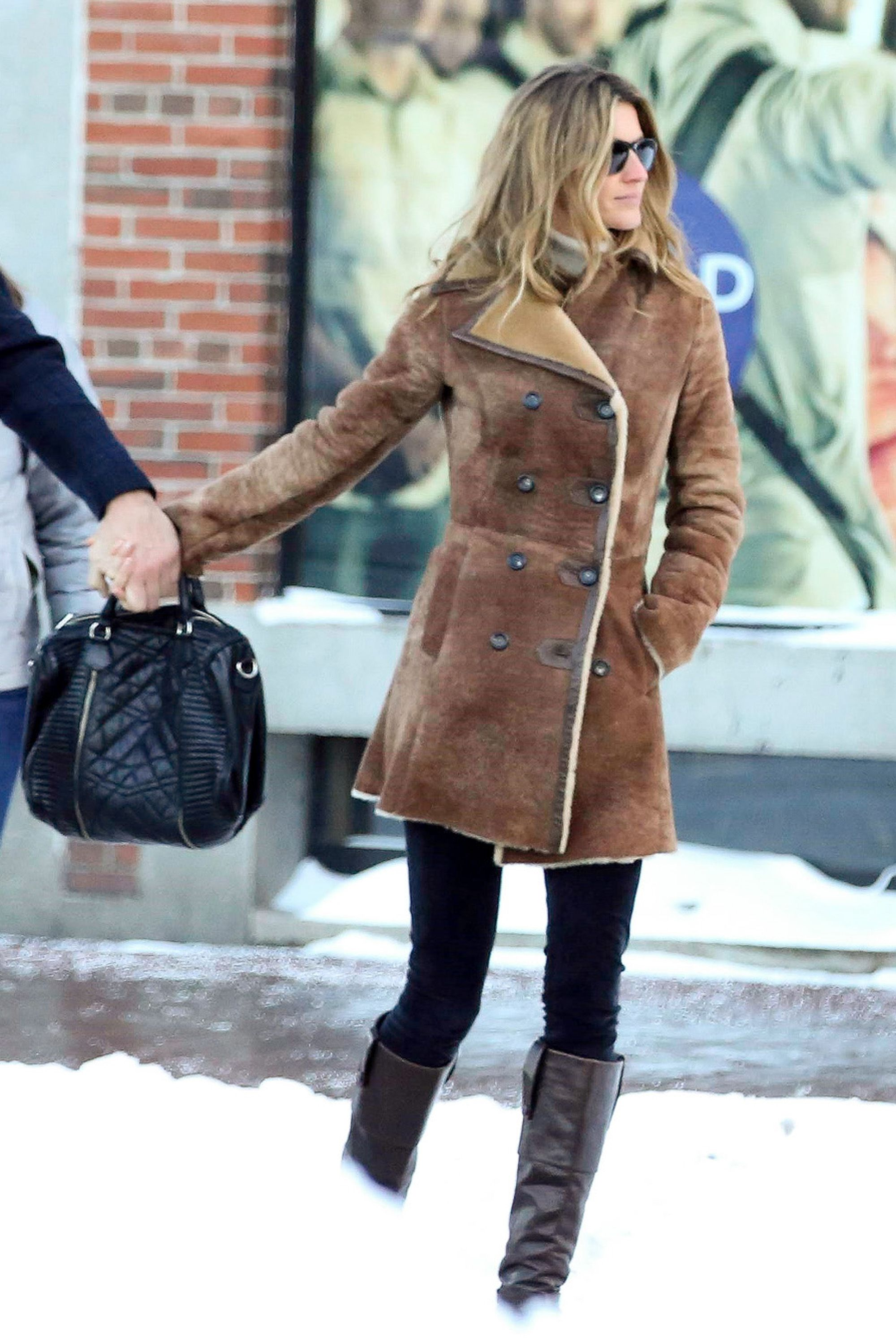 Warmth and style will never be mutually exclusive if you've got a fur-lined chestnut coat like Gisele's in your repertoire.