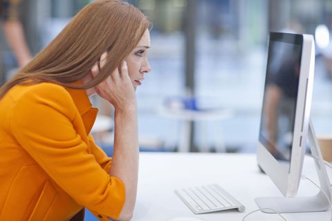 Must Read: How Your Computer Screen Affects Your Skin