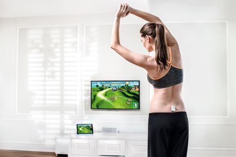Human body, Shoulder, Elbow, Hand, Joint, Waist, Room, Television set, Interior design, Wrist,