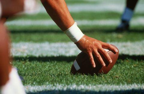 Grass, Ball, Team sport, Ball game, Carmine, Jersey, Football equipment, Sock, Sports jersey, Playing sports,