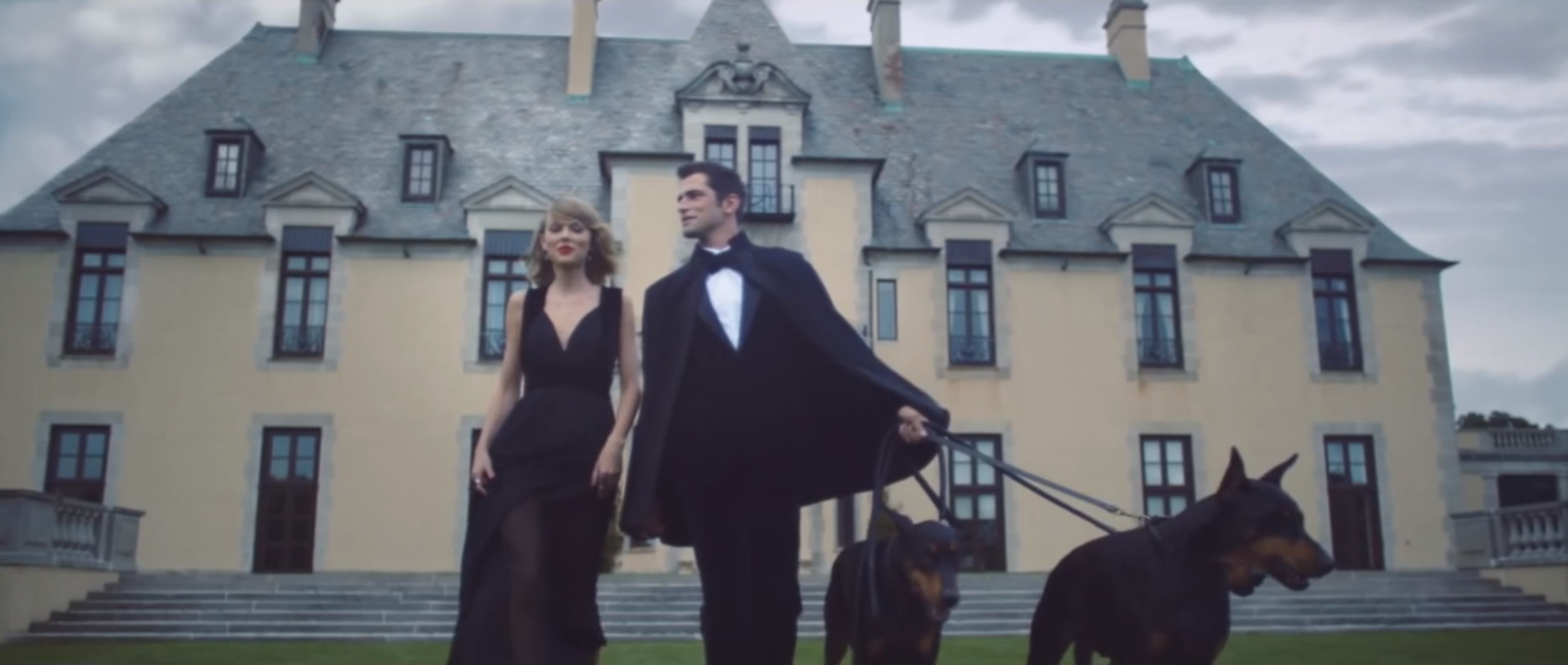 Taylor Swift Blank Space Set Fire Winfield Mansion Fire