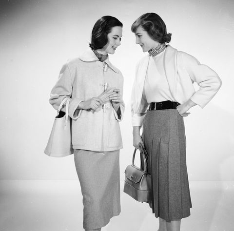 Sleeve, Collar, Photograph, Joint, Standing, Bag, Style, Fashion accessory, Waist, Vintage clothing,