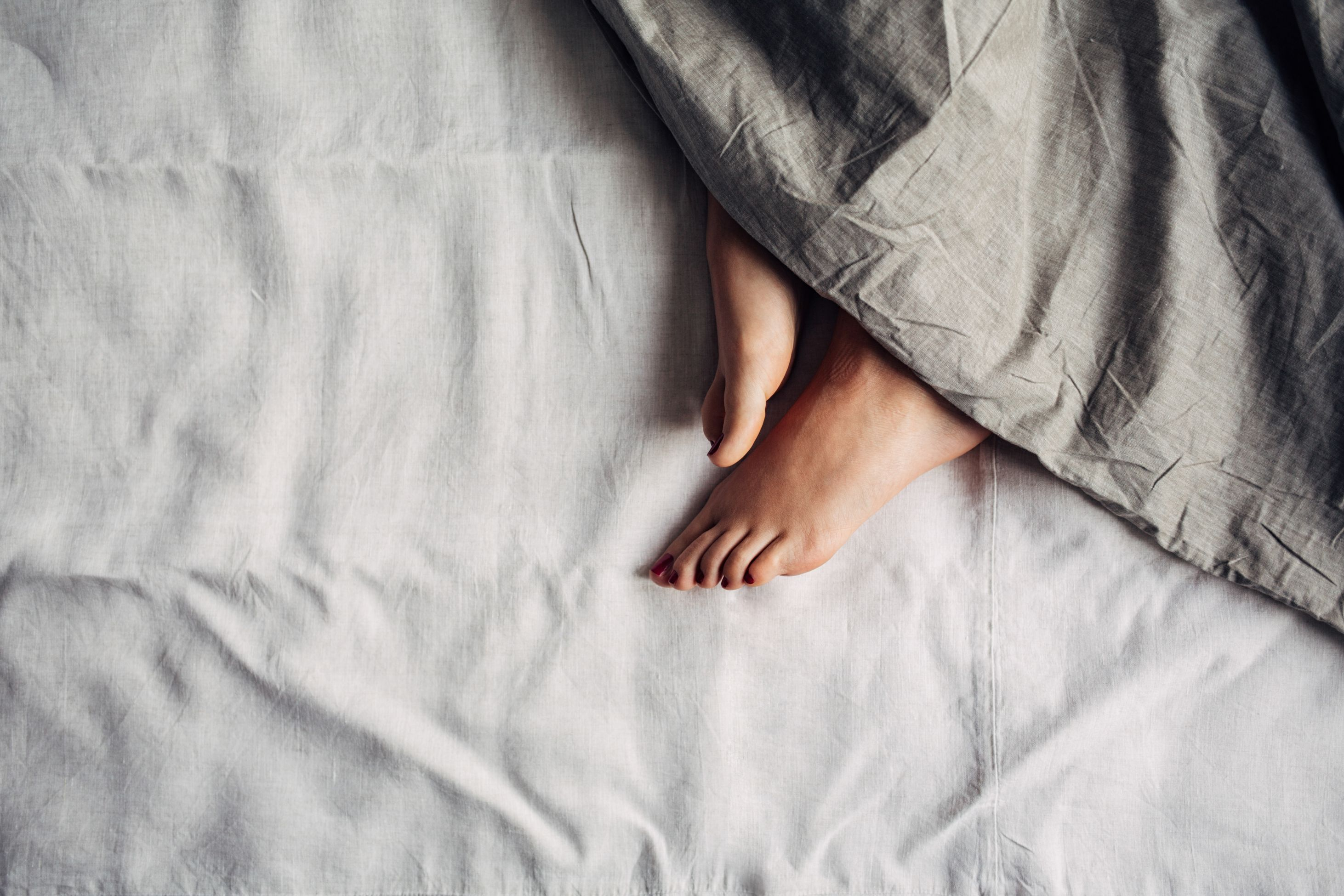 13 Things That Happen When You Sleep Over at Someone's Place