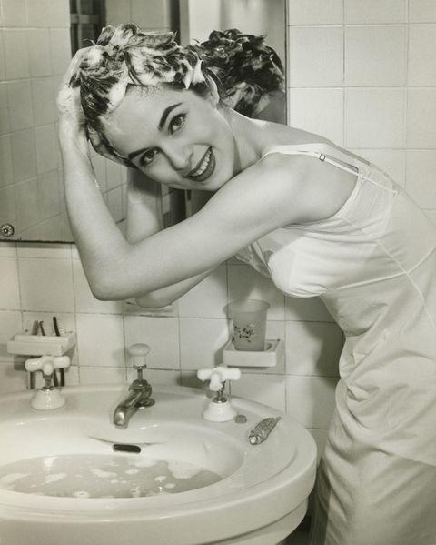 Plumbing fixture, Bathroom sink, Photograph, White, Room, Style, Tap, Sink, Purple, Plumbing,