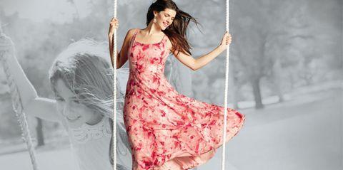 Hairstyle, Dress, Beauty, Fashion, One-piece garment, Long hair, Day dress, Waist, Flash photography, Swing,