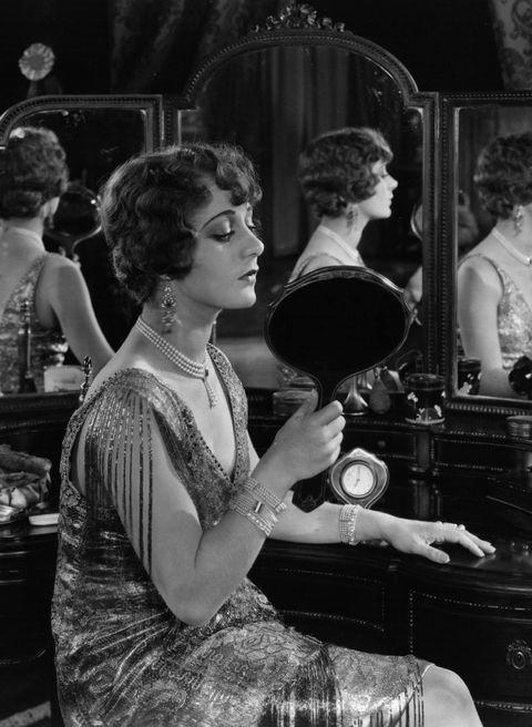 Women Getting Ready Through the Years - Women Getting Ready Rituals