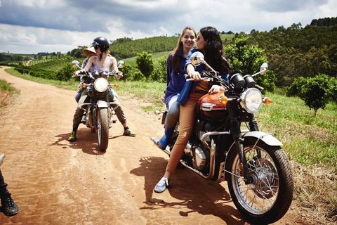 Motorcycle, Tire, Automotive tire, Fuel tank, Fender, Rim, Motorcycle accessories, Vehicle brake, Automotive fuel system, Tread,