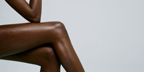 Brown, Skin, Human leg, Shoulder, Joint, Amber, Thigh, Tan, Muscle, Black,