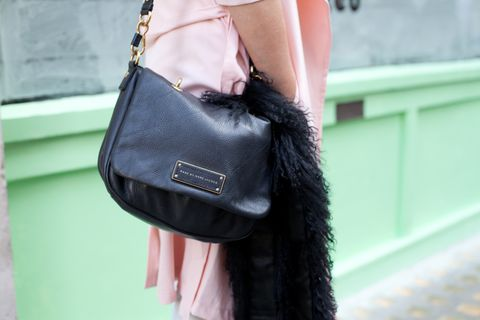 Textile, Bag, Style, Fashion accessory, Shoulder bag, Fashion, Leather, Street fashion, Strap, Luggage and bags,