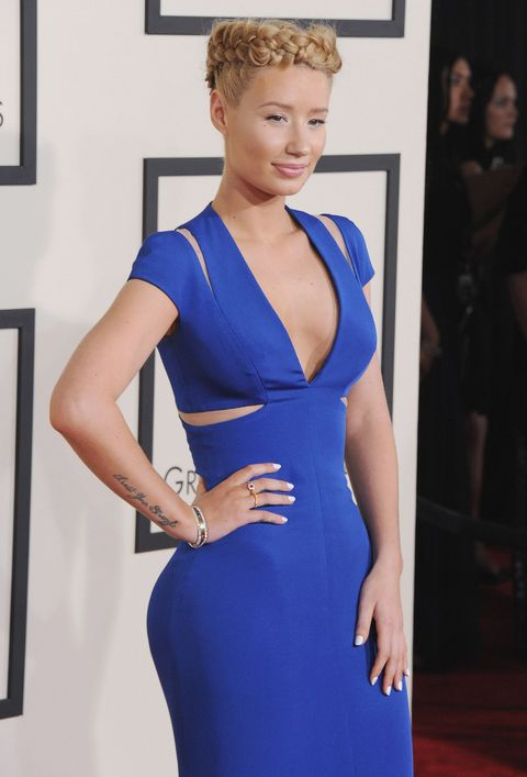 Cobalt blue, Hair, Clothing, Dress, Electric blue, Shoulder, Hairstyle, Carpet, Fashion, Cocktail dress,