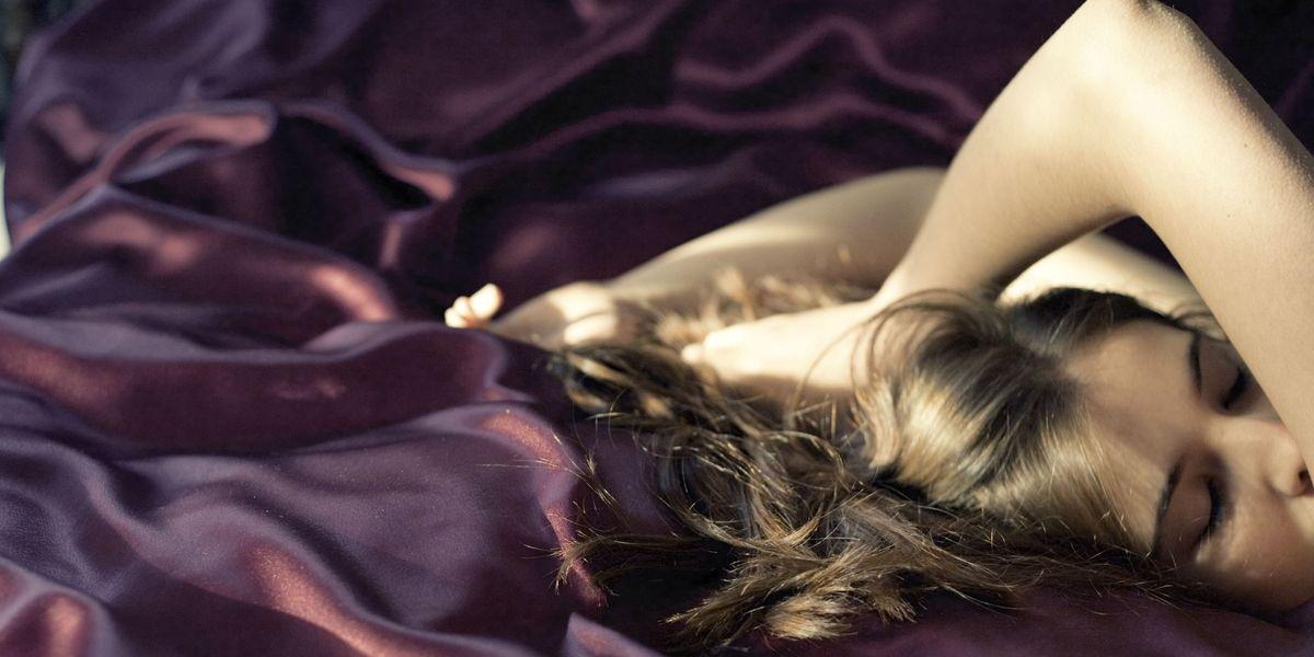 Silk Pillowcase For Skin And Hair Benefits Of Silk