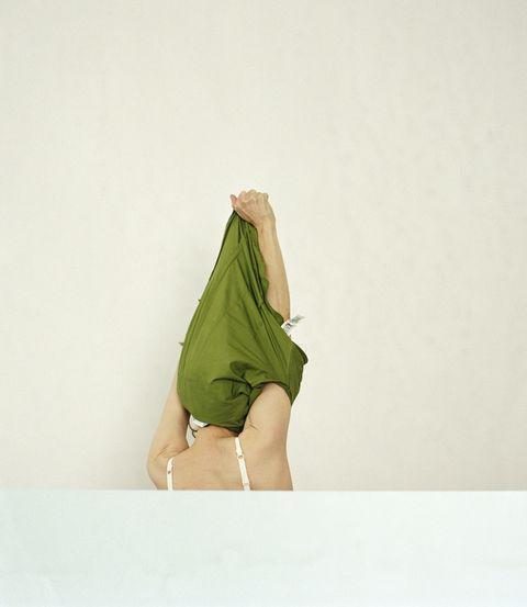 Human leg, Waist, Elbow, Khaki, Beige, Thigh, Aqua, Teal, Undergarment, Abdomen,