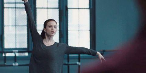 Sleeve, Shoulder, Elbow, Joint, Standing, Fixture, Wrist, Gesture, Chest, Snapshot,