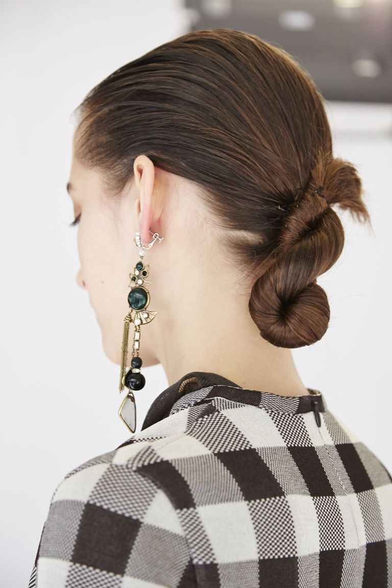 Hairstyles You Can Do with One Hair Tie   Easy Hair Ideas ...