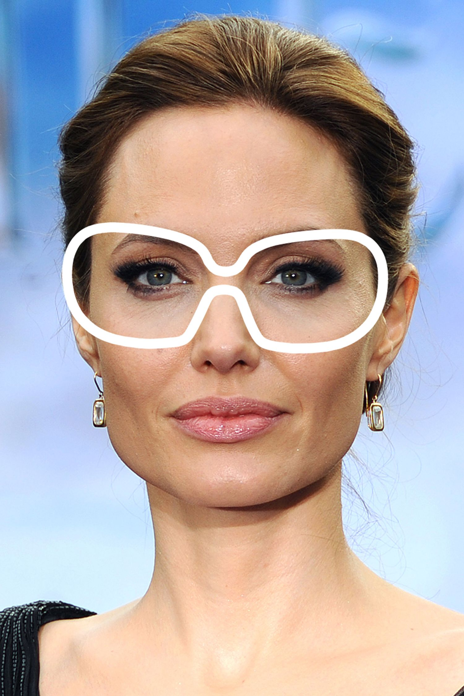 With her square shape, Jolie's got a few (rounded) options.