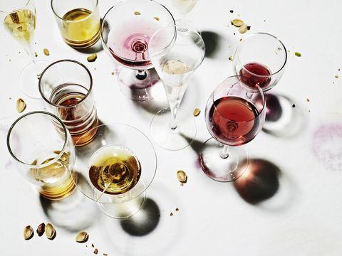 Serveware, Drinkware, Drink, Alcoholic beverage, Liquid, Alcohol, Fluid, Barware, Glass, Tableware,