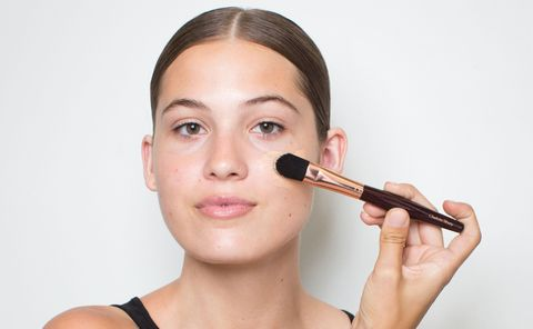 How To Apply Foundation For A Natural Look Foundation