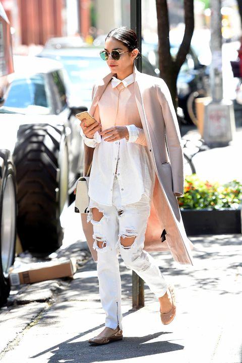 Eyewear, Glasses, Outerwear, Automotive tire, Sunglasses, Style, Goggles, Street fashion, Bag, Fashion model,