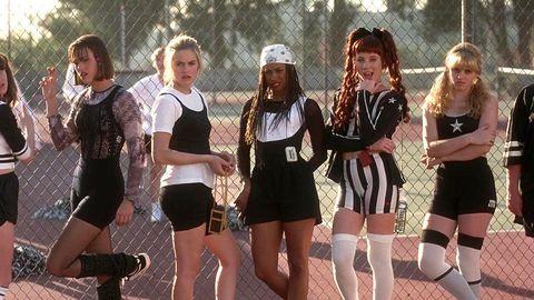 Social group, Thigh, Sleeveless shirt, Active shorts, Active tank, Sock, Dance,