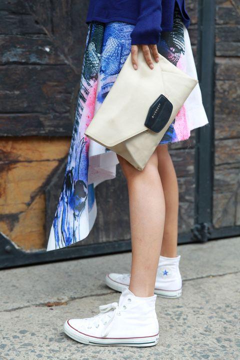 Clothing, Blue, Textile, Bag, Style, Street fashion, Fashion, Shoulder bag, Walking shoe, Tote bag,