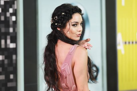 Hairstyle, Black hair, Long hair, Model, Fashion model, Chest, Body jewelry, Brown hair, Makeover, Hair accessory,