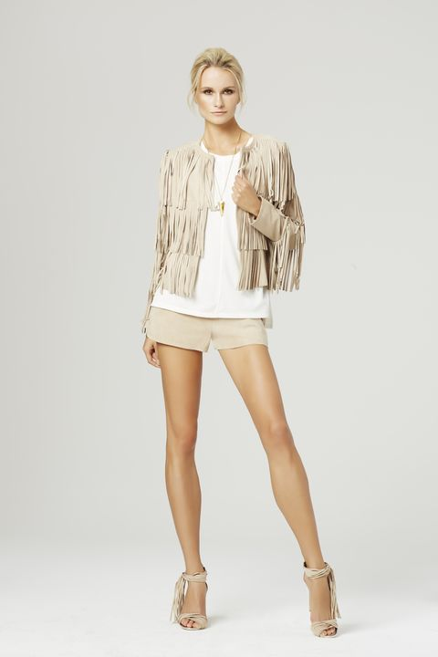 Brown, Sleeve, Human leg, Shoulder, Textile, Joint, White, Collar, Style, Knee,