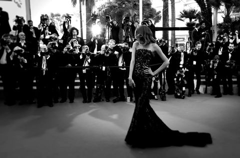 Event, Style, Dress, Formal wear, Monochrome, Gown, Fashion, Monochrome photography, Crowd, Black-and-white,
