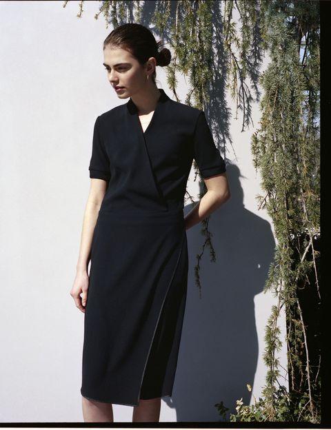 Clothing, Sleeve, Dress, Shoulder, Standing, One-piece garment, Formal wear, Style, Waist, Day dress,