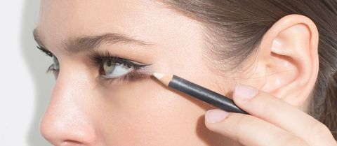 Fabulous Marilyn Monroe Eyeliner Trick How To Draw A New Cat Eye Home Remodeling Inspirations Genioncuboardxyz
