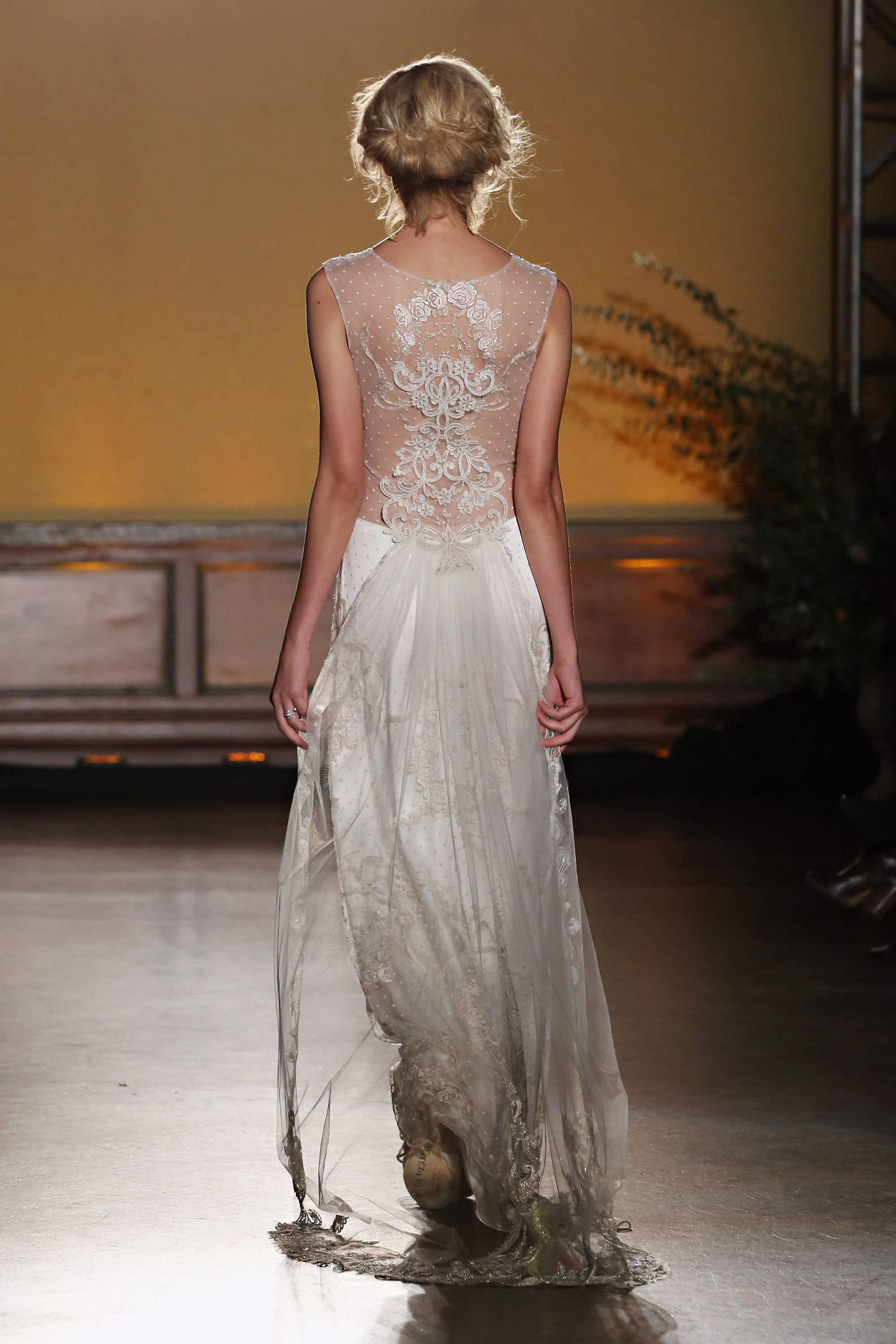 "<p>Designer Claire Pettibone decided to take the classic head veil south, attaching it right about the derrière. It may have earned itself the nickname ""<a href="" http://www.cosmopolitan.com/style-beauty/fashion/news/a47489/claire-pettibone-wedding-dresses-2016/"" target=""_blank"">butt veil</a>,"" but there's something decidedly elegant and unexpected about the off-kilter detail.</p>"