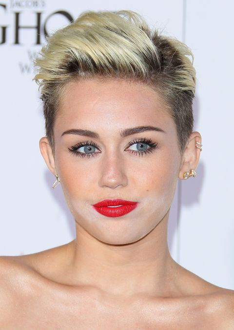 Bad Celebrity Makeup Photos